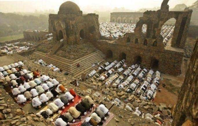 Indian court rules that site of Babri mosque be converted into a Hindu temple 1