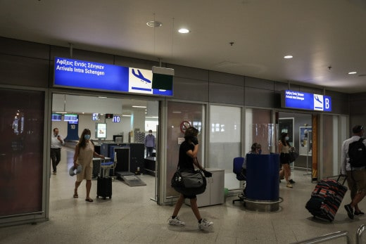 21,000 passengers passed through Athens Airport on July 1