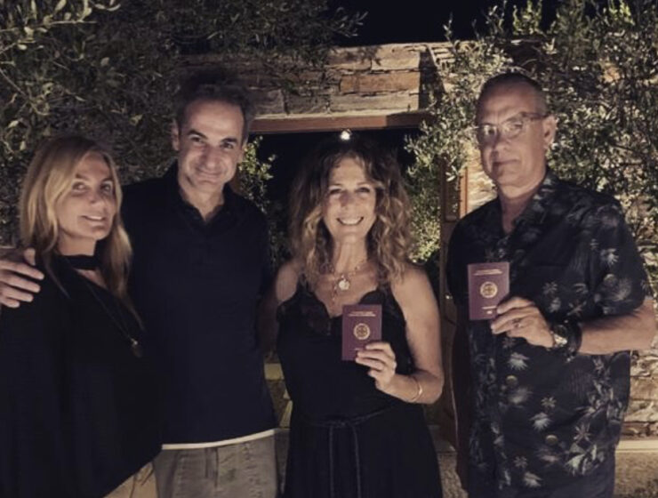 Tom Hanks and Rita Wilson are now proud Greek citizens 1
