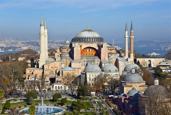 More than 300 scholars across the world appeal to Turkey not to convert Hagia Sophia into a mosque 2