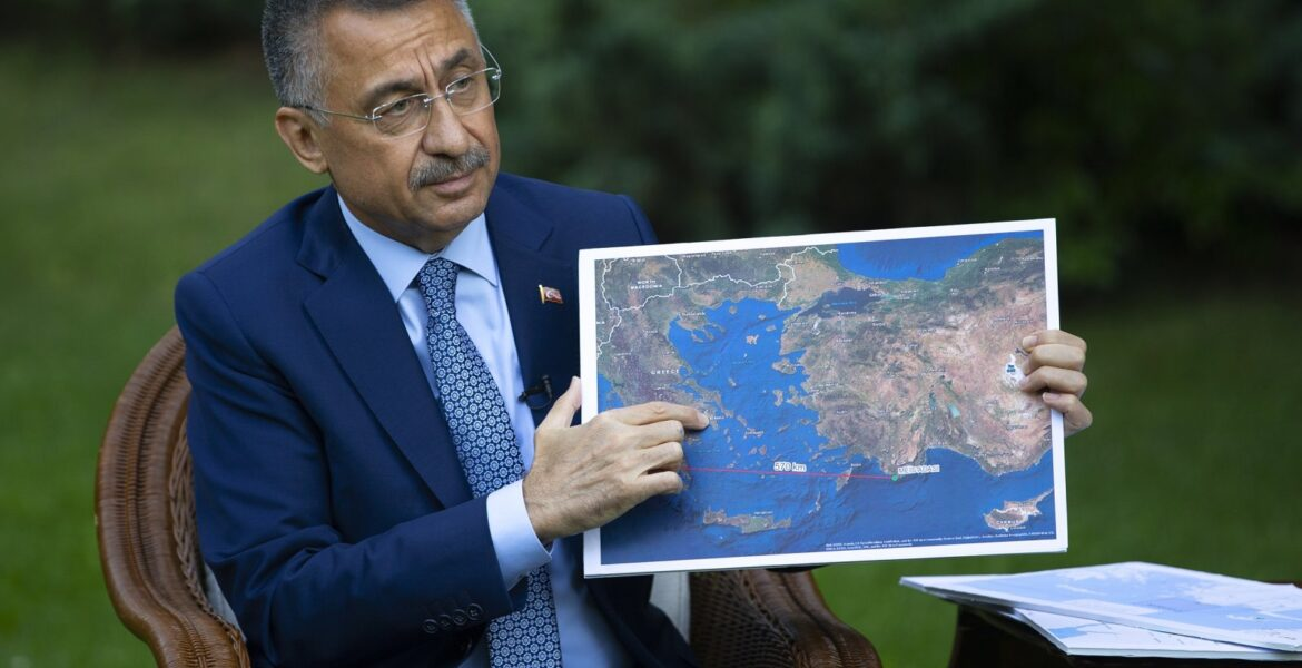 """Turks """"cry out"""" to occupy Greek islands, says Turkish VP (VIDEO) 1"""