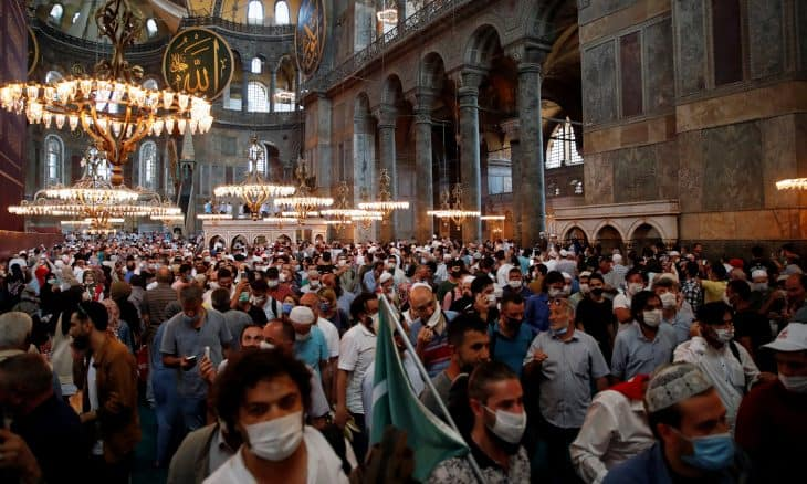 Up to 3,000 Turks infected with coronavirus during Hagia Sophia's opening as a mosque 2