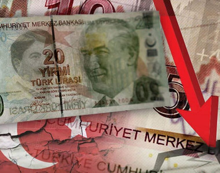 Turkey continues violating Greek airspace despite the lira tumbling 5