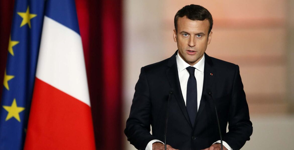 """Macron says Erdoğan pursues an """"expansionist policy that mixes nationalism and Islam"""" 1"""