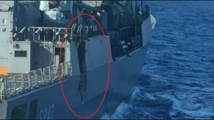What is the extent of damage on the Kemal Reis after being damaged by Greek warship? 2