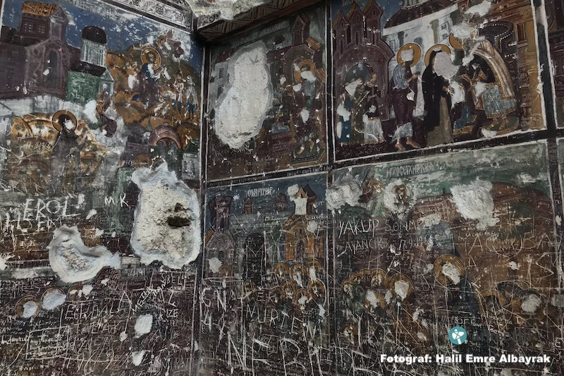 Icons in Pontian monastery destroyed by Turkish vandals 12