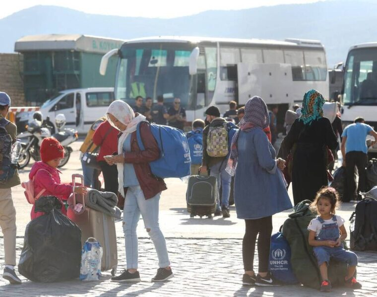 121 asylum seekers leave Greece for Germany