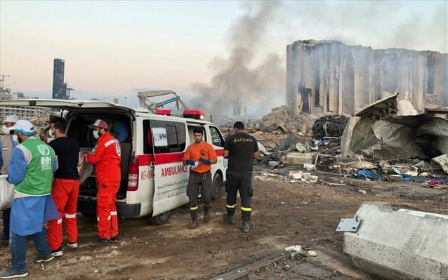 Greece collects medical supplies to help the victims of the Beirut explosion