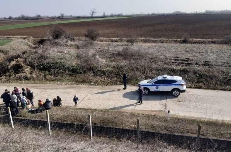 Turks seeking asylum beat up farmer after illegally entering Greece from Evros 1