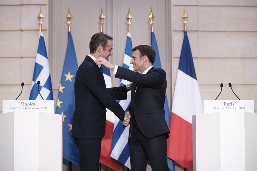 Mitsotakis-Macron discuss Turkey and COVID-19 2