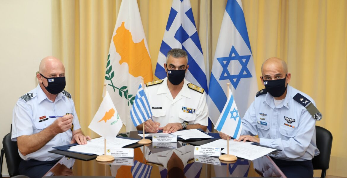 Greece-Cyprus-Israel sign the tripartite military cooperation program for 2021 1