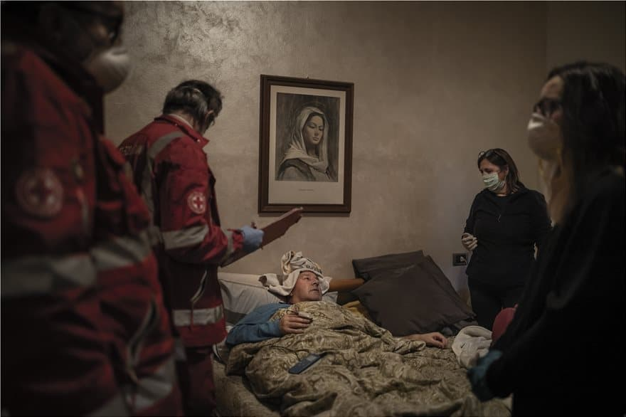 Winners of the Athens Photo World Awards capture life under Covid-19 2