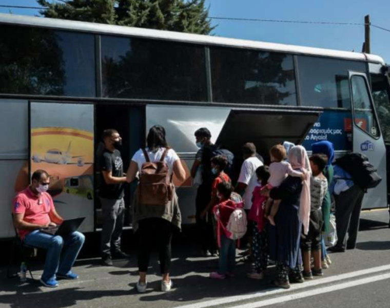 Greece transfers hundreds of migrants from Lesvos to mainland