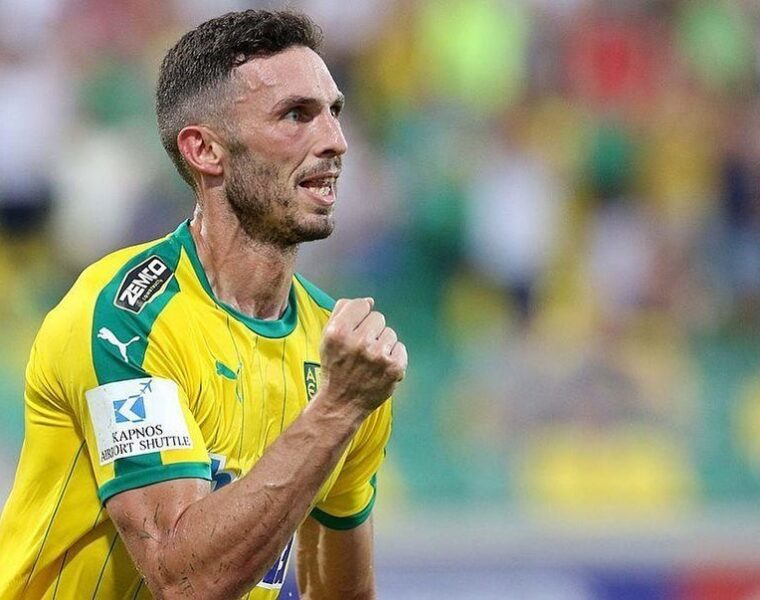 Socceroos striker Apostolos Giannou joins Super League club OFI Crete 2