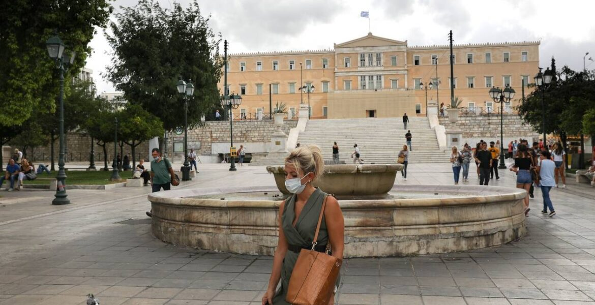 Greece introduces stricter measures in Athens as virus cases surge