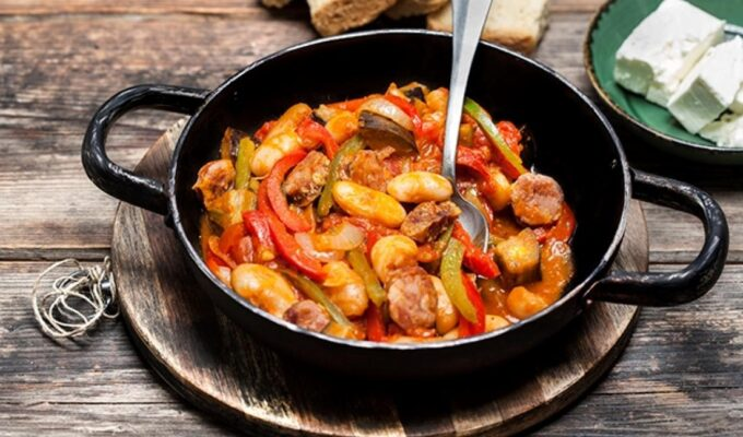 Spetsofai- Sausage and Peppers Recipe