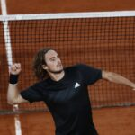 Tsitsipas advances to quarter-final in French Open for the first time 4