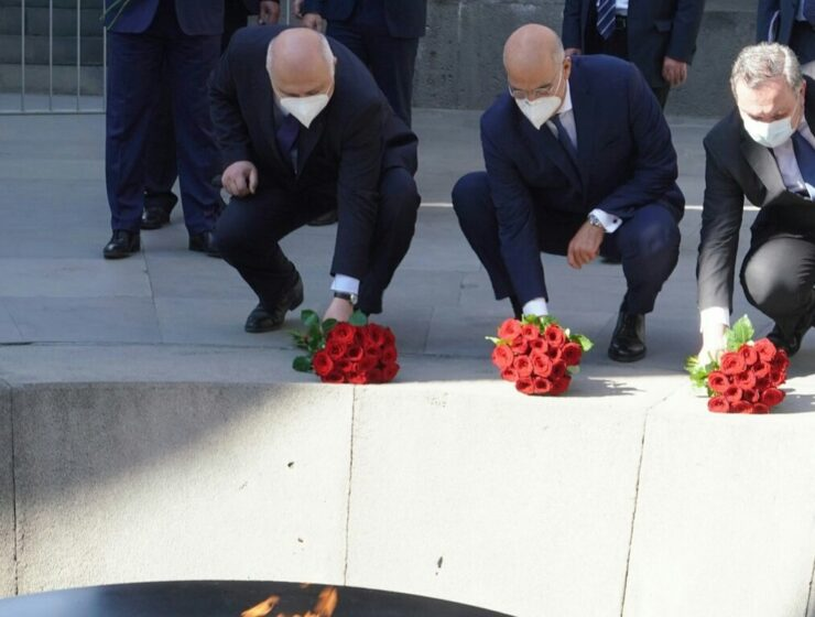 Greek FM begins working visit to Yerevan with visit to Armenian Genocide Memorial and Museum 6