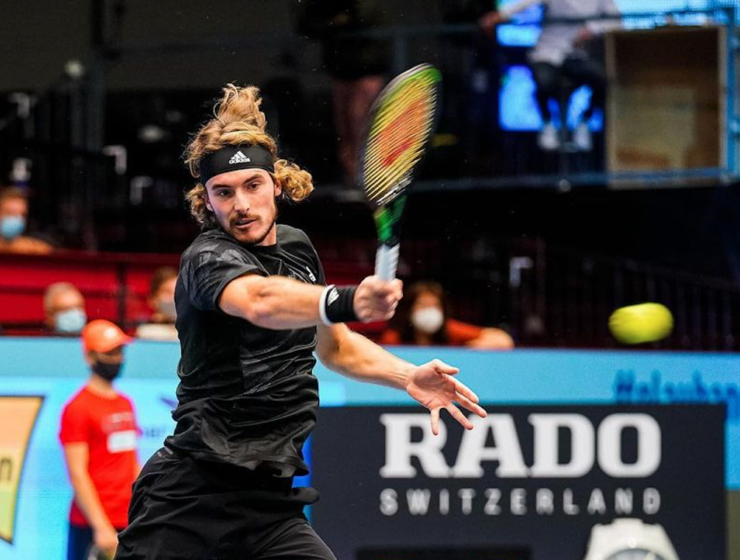 Stefanos Tsitsipas advances at Erste Bank Open