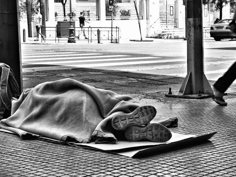 90-year-old grandmother forced to sleep on the streets of Athens in nothing but a bathrobe