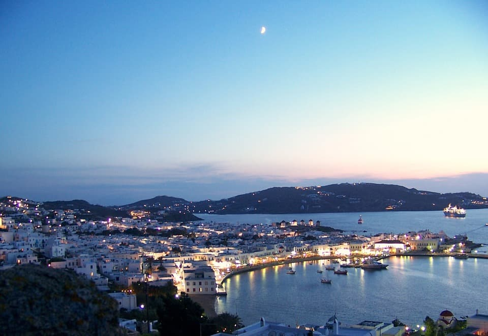 Mykonos added to UK's safe travel list
