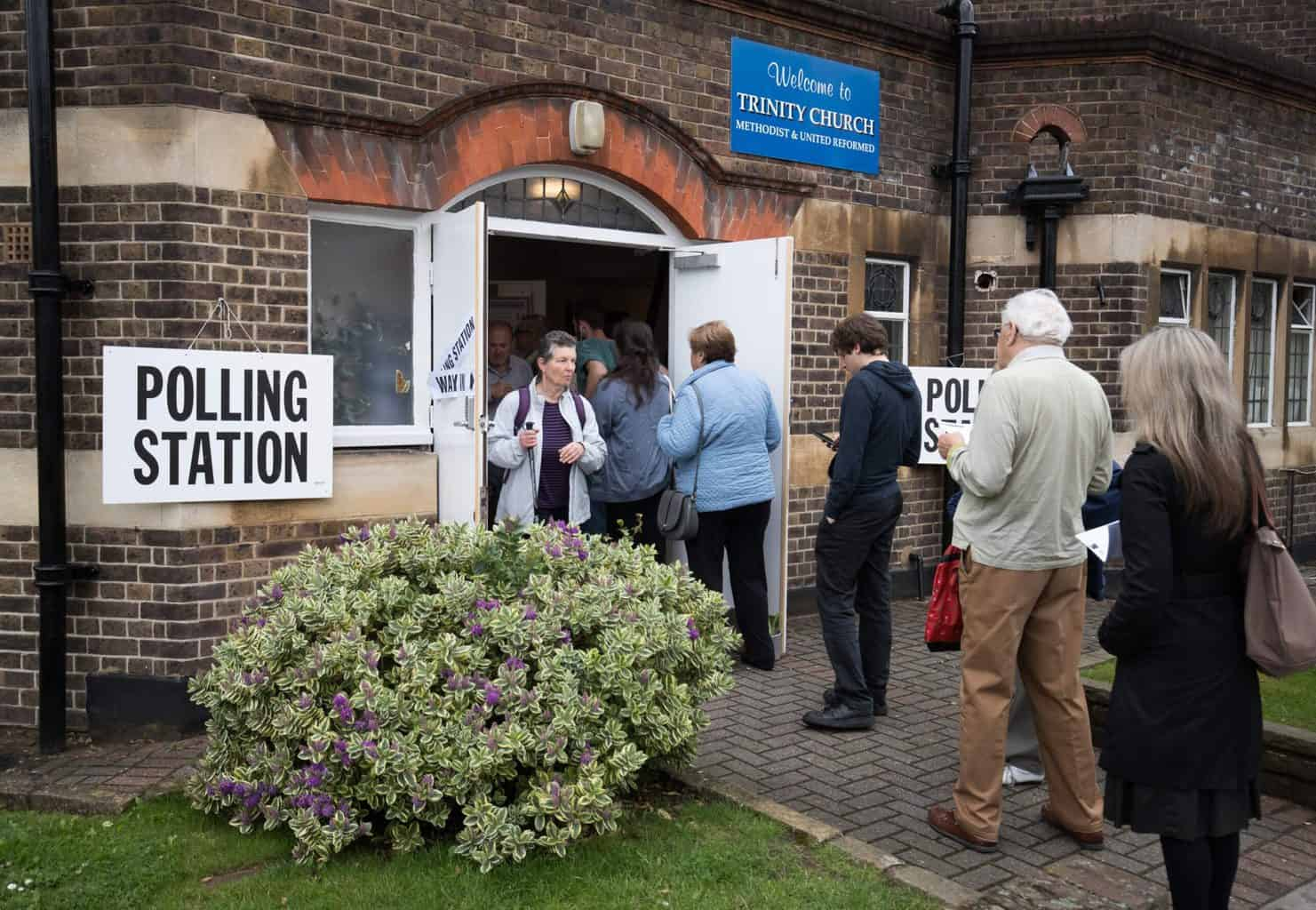 British people voting in the 2016 Brexit referendum.
