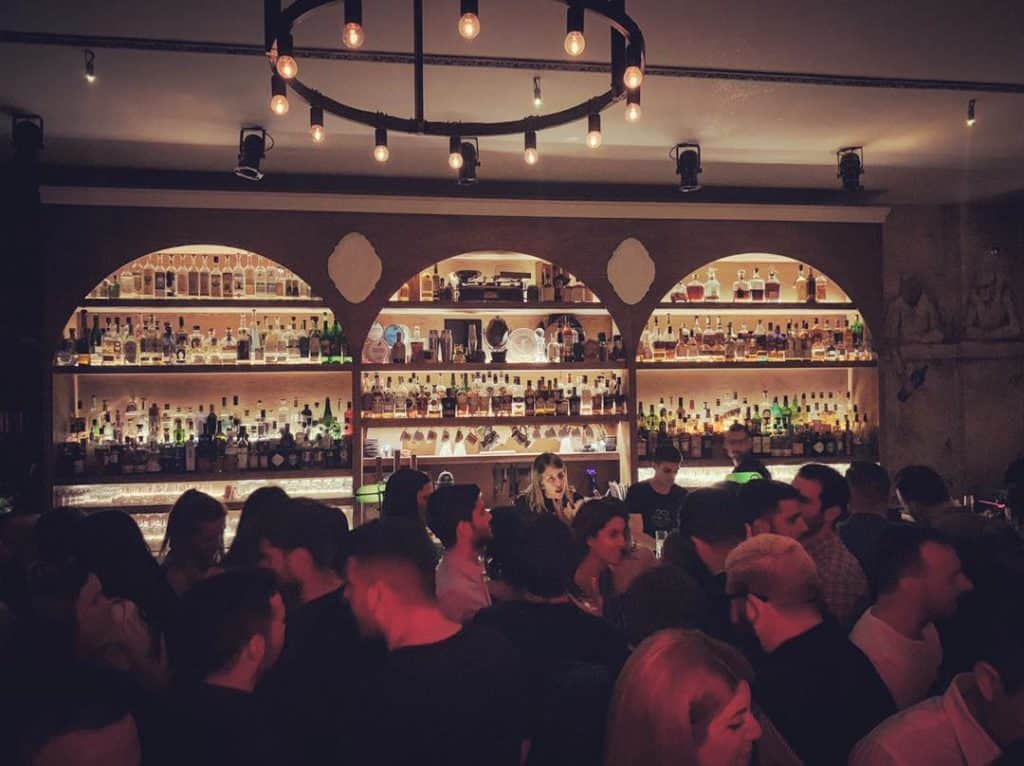 Two Athenian bars named in the 'World's 50 Best Bars' for 2020
