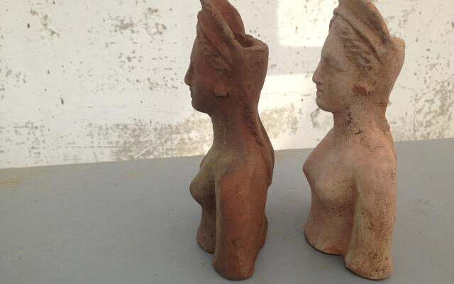 Statuettes of goddess Demeter and her daughter found at a construction site in Anapa 1