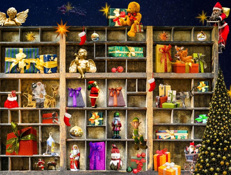 Online sales for Christmas decorations in Greece skyrocket