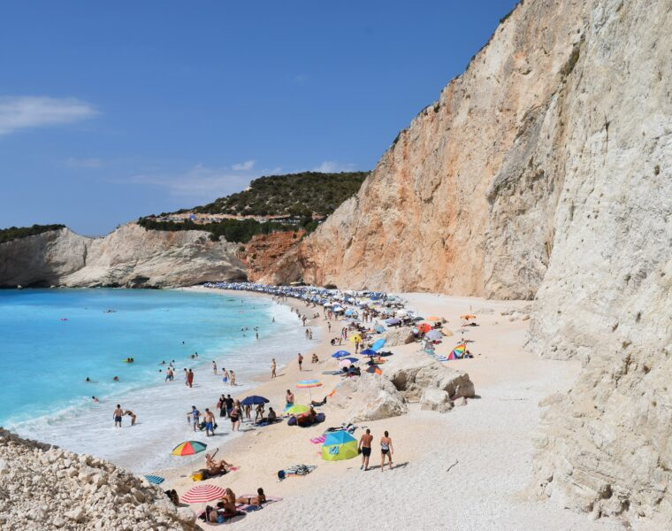 Greece's tourism revenues down 78% in first nine months of 2020