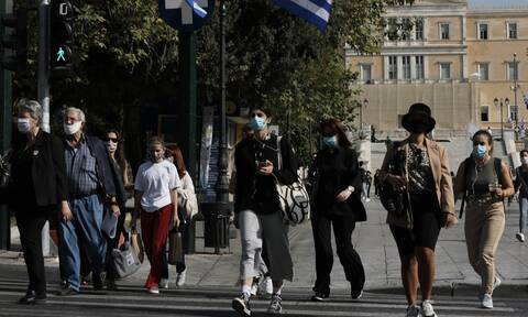 Greece weighs further coronavirus curbs as outbreak grows