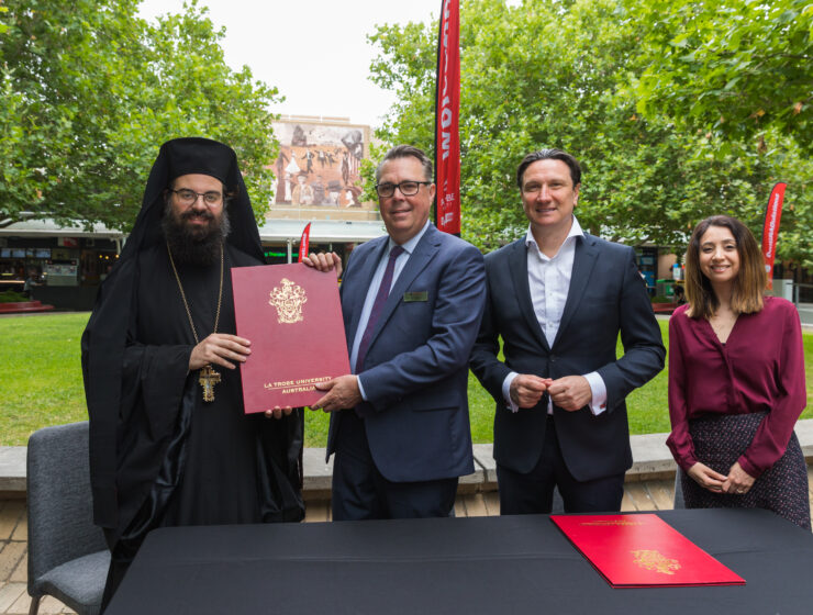 La Trobe University announces Greek language program will continue to be taught
