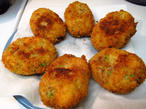 Patatokeftedes - Potato Fritters Recipe