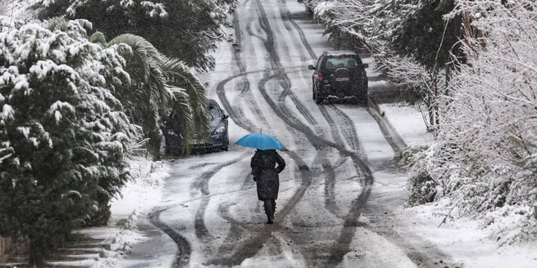 Weather Report: Cold and snow set to continue in Greece
