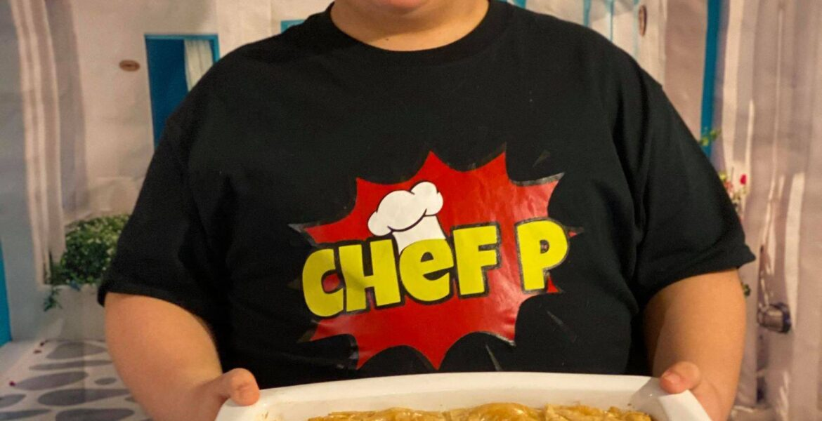 The most exciting up and coming Greek chef is only 9 years old: See his videos 1