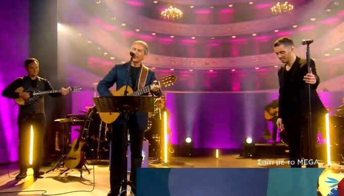 'Stay Home' with Michalis Hatzigiannis and his music