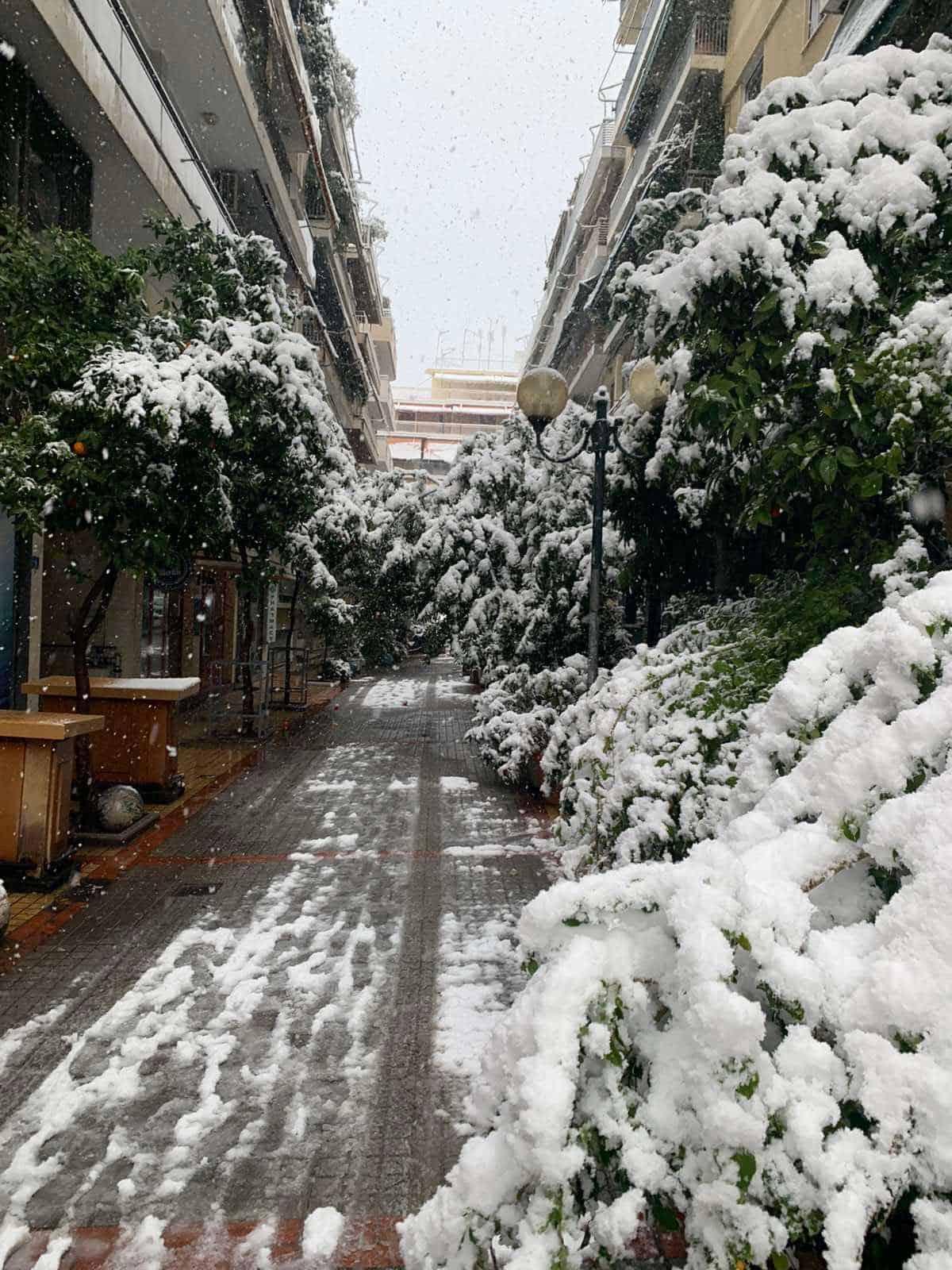 Snowfall in the regions of Attica, Evia, Cyclades and Crete to continue until Wednesday morning 8