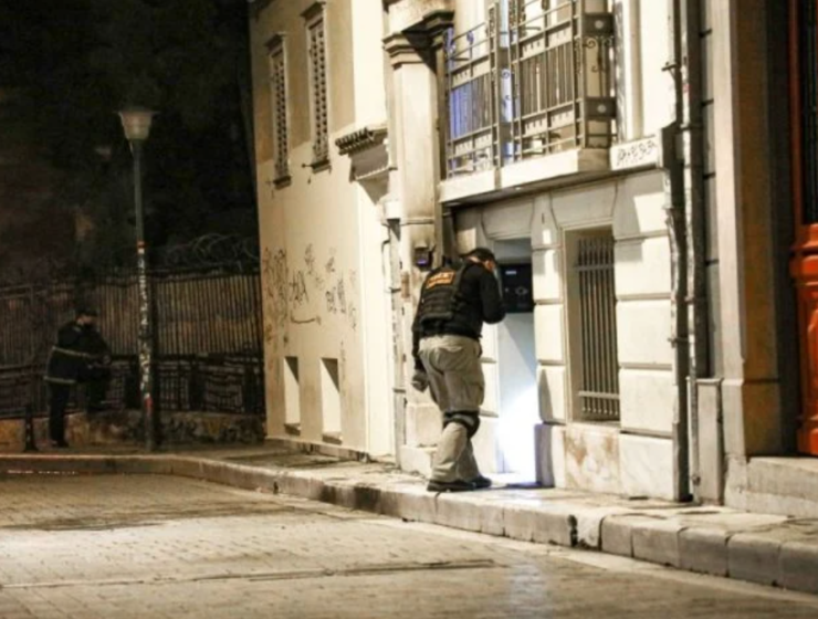 Assailants attack the former offices of fashion house Zeus & Dione