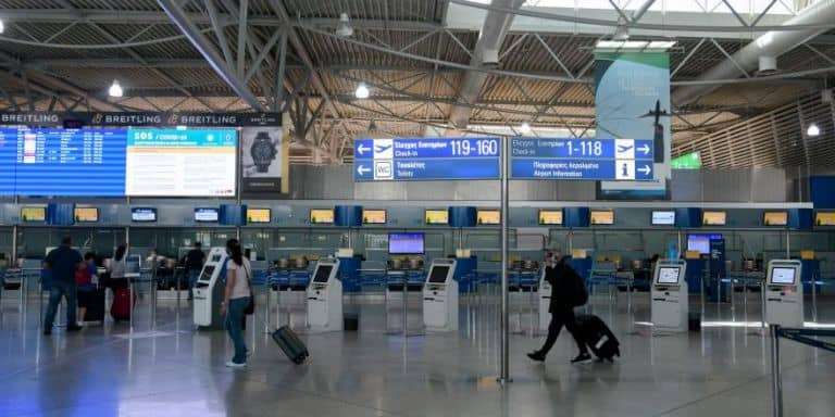 Air travel to resume between Russia and Greece