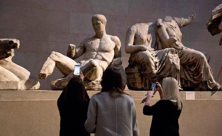 British Museum should return the Parthenon Sculptures to Greece, says Sir Antony Gormley