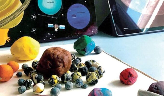 Moraitis School becomes the first school in the world to send a project to the Moon with SpaceX 2