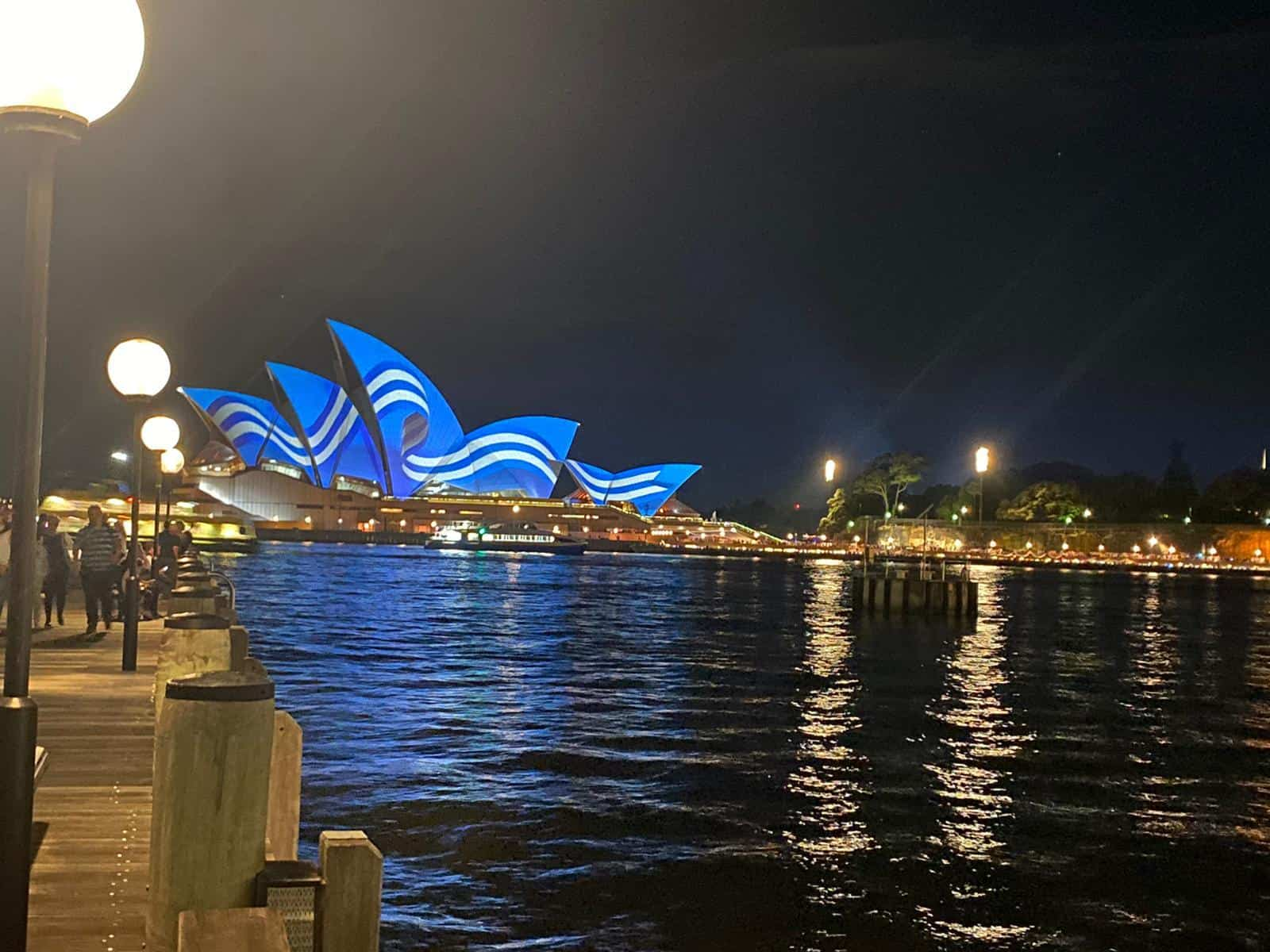 Sydney Opera House turns Blue and White for Greek Independence Day 7