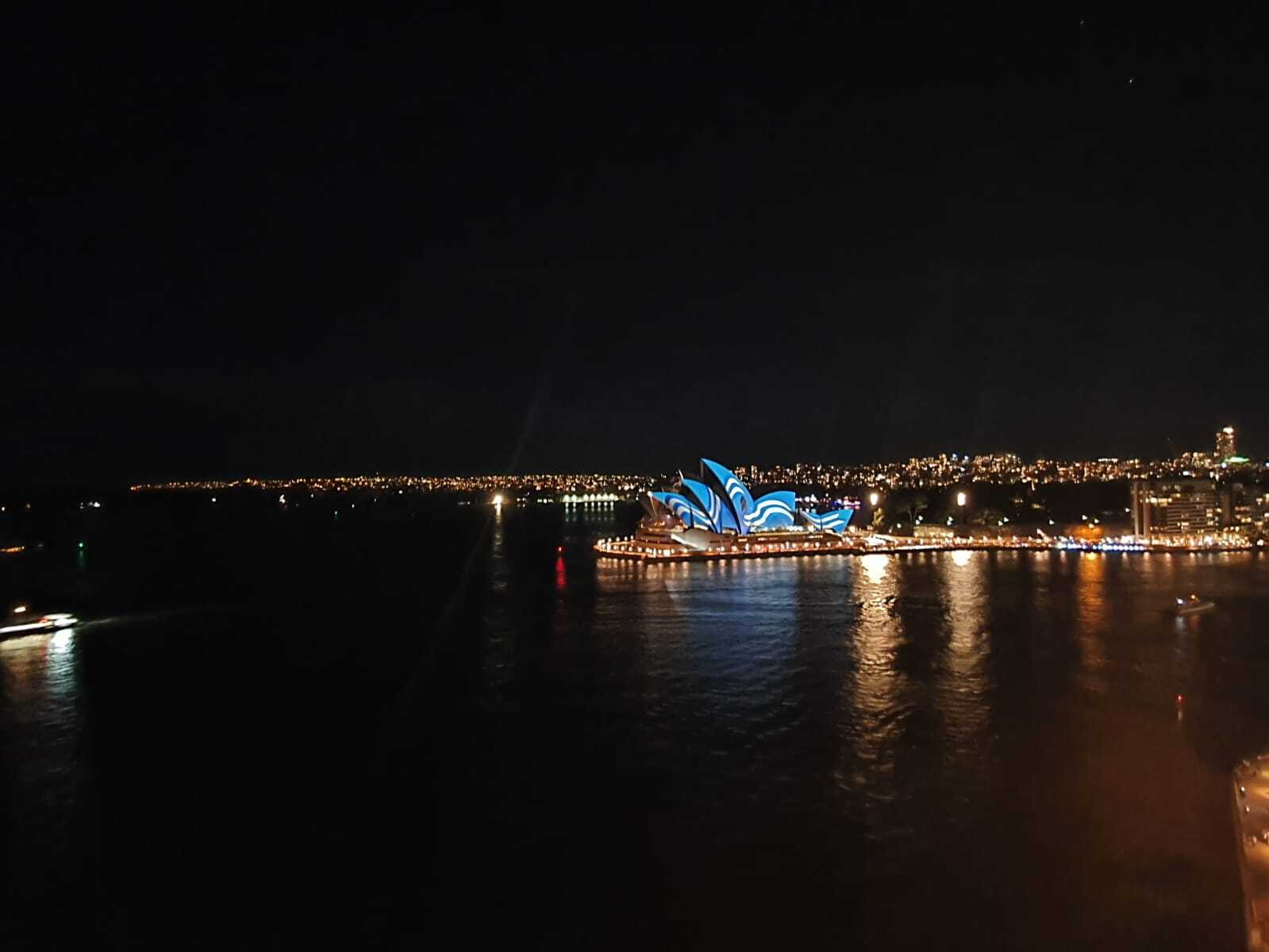 Sydney Opera House turns Blue and White for Greek Independence Day 6