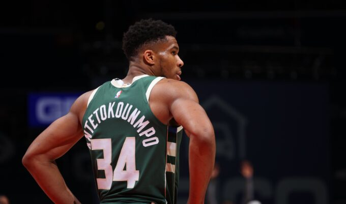 Giannis Antetokounmpo becomes the first player in Bucks franchise history to record three consecutive triple-doubles 3