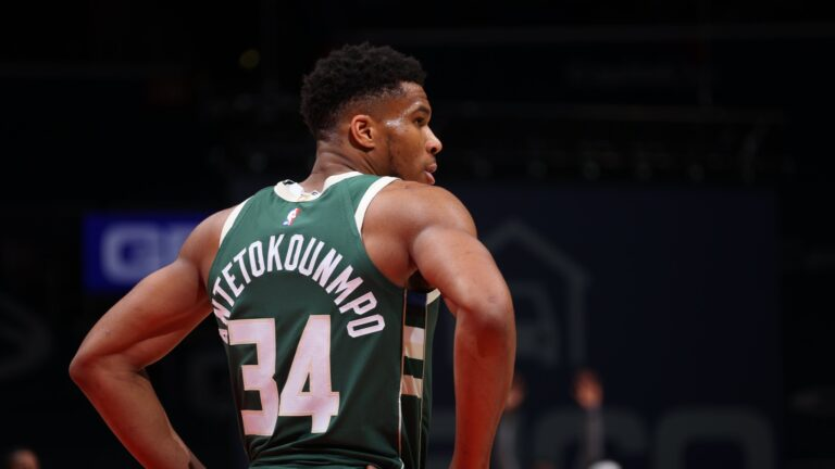 Giannis Antetokounmpo Reveals That He Is Vaccinated Against COVID-19