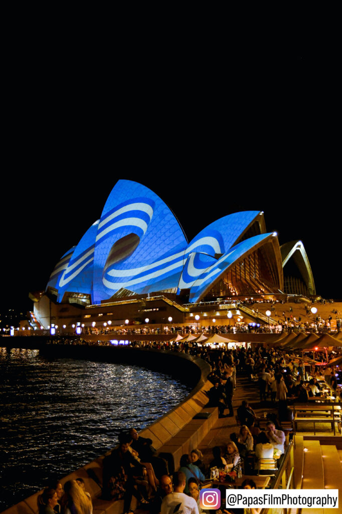 Sydney Opera House lights up for Greece's Independence Bicentennial 6