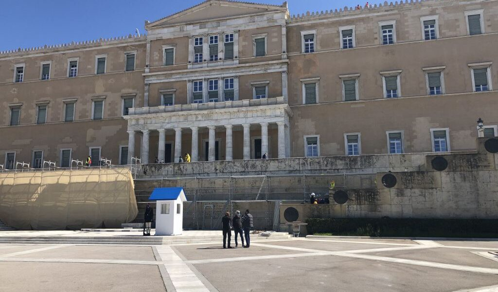 Maintenance works at the Tomb of the Unknown Soldier in Athens