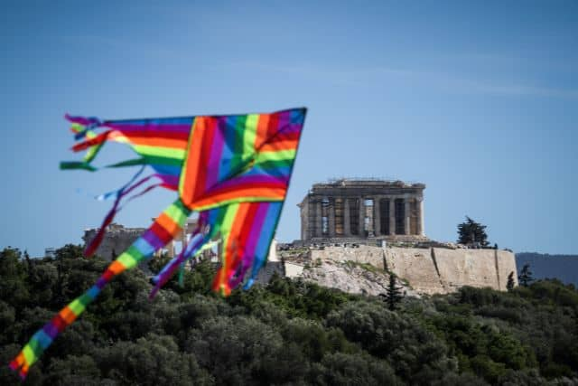 Why do Greeks fly kites on Clean Monday?