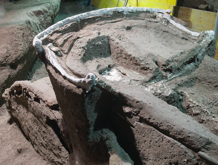 Ancient ceremonial chariot links Thrace with Pompeii
