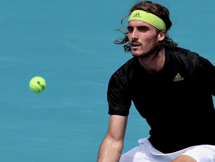 Stefanos Tsitsipas reaches Miami Open quarterfinals